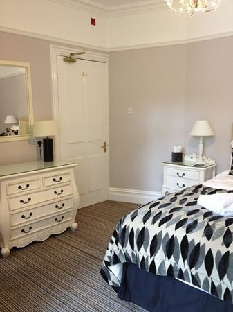 Dene House: superior room :)