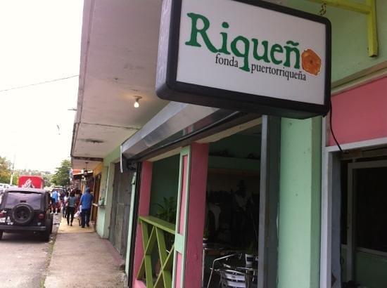 Riqueno Fonda Puertoriquena : Kiosko # 15, Luquillo, PR.