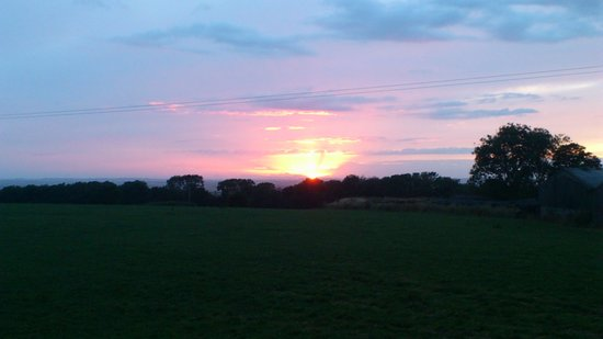 Plas Tirion Farm: sunset from our bedroom