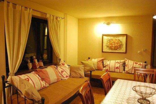Apartments Trata : Living room