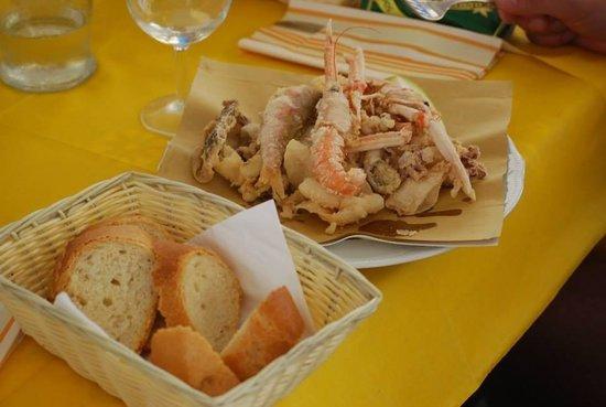 Camping Terrazzo sul Mare: La frittura di pesce