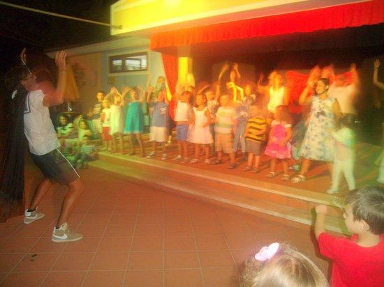Hotel Cala Ginepro Resort&Spa : la baby dance