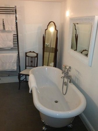 The Bay Trees: Bath in Bathroom