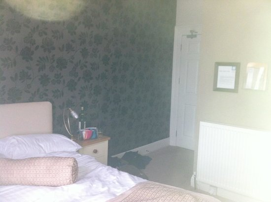 The Imperial, Plymouth: Not very clear but our room:)