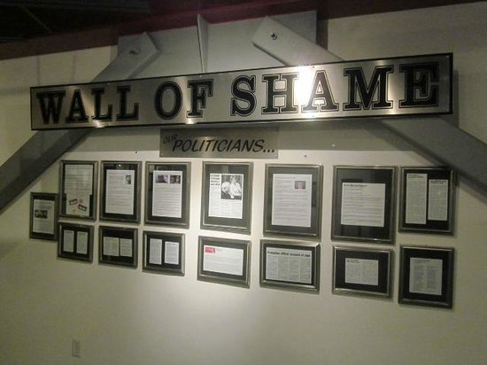Erotic Heritage Museum, Las Vegas : Wall of Shame: Politicians