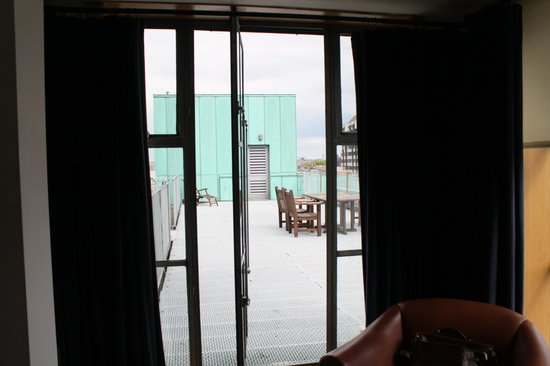 The Clarence : Privat terrasse til værelse 508