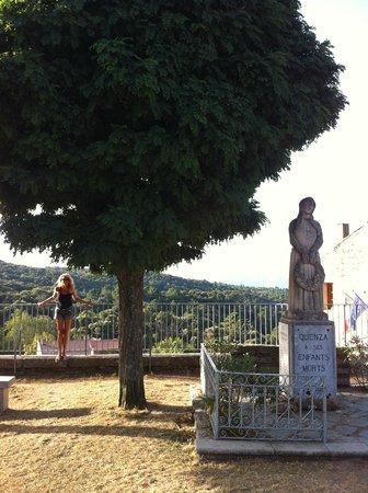 Sole e Monti: village de Quenza