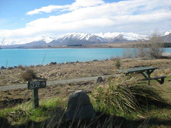 YHA Lake Tekapo: View from the lounge