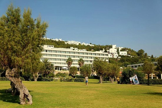 Grecotel Rhodos Royal: Hotel and grounds
