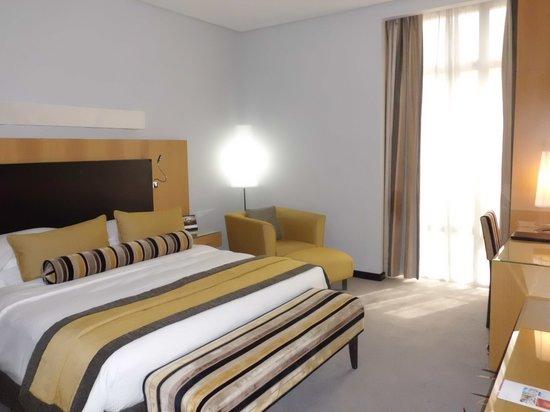 Hala Arjaan by Rotana Abu Dhabi: 寝室です。