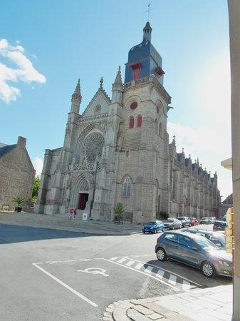 Eglise Saint Leonard