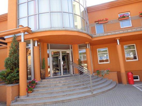 Jarota Hotel