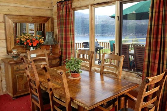 Lodges on Loch Ness: Dining area