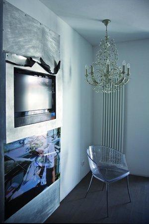 Nium By Ulrich Egger Boutique Design Hotel Imperialart Bild