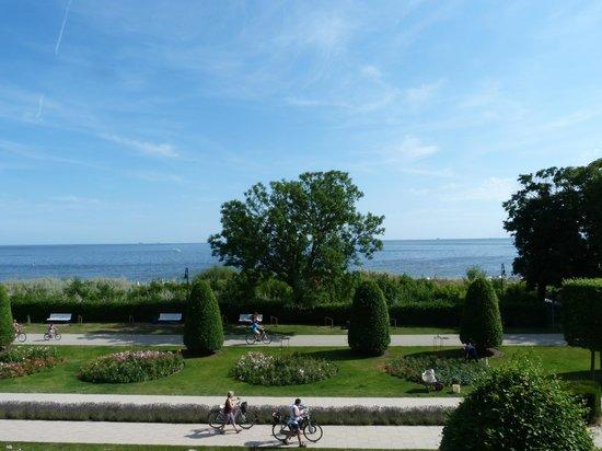 Maritim Hotel Kaiserhof Heringsdorf: view from room 319
