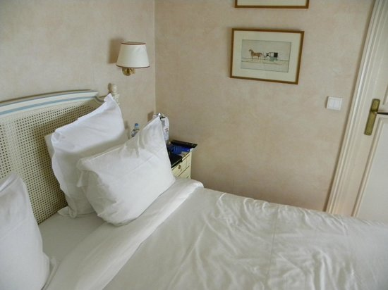 Hotel d'Angleterre, Saint Germain des Pres: L'interno della camera