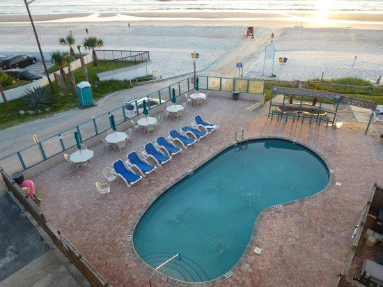 Cove Motel Oceanfront: Vue balcon (403)