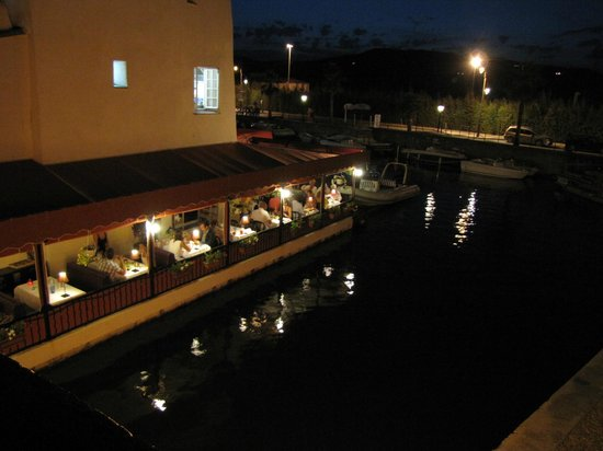 Vue terrasse picture of la table du mareyeur port - Restaurant la table du mareyeur port grimaud ...