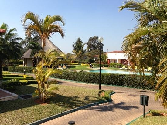 Montebelo Indy Maputo Congress Hotel: piscina