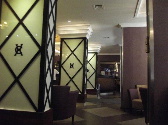 Carlton Hotel Budapest: Lobby