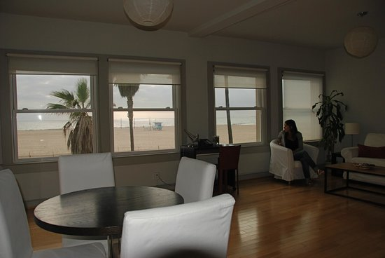 Su Casa Venice Beach: watch the sunset from your room