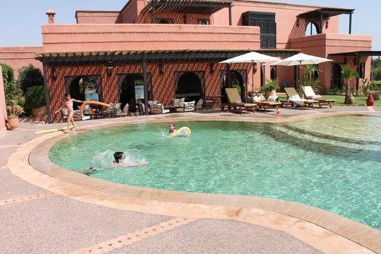 Le Rubis Oriental: piscine
