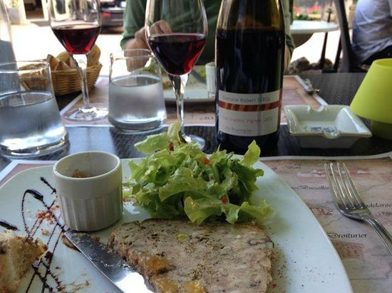 Auberge Du Moulin Marin : A good starter, and a good local wine.