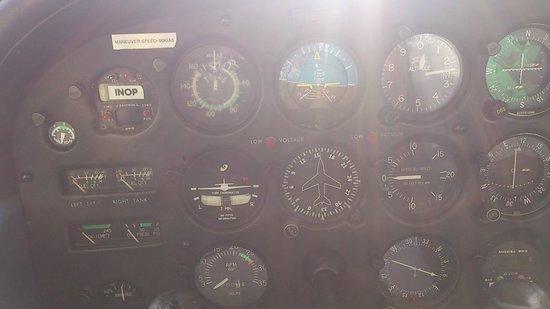 Guam Museum: 僕の乗った飛行機、セスナの計器!