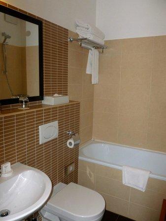 Fraser Residence Budapest: Bagno