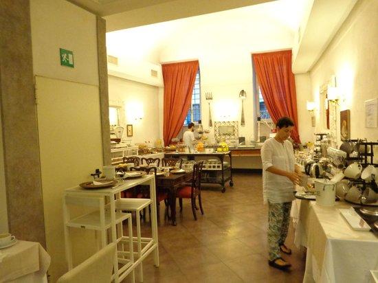 Hotel Adriano : Café
