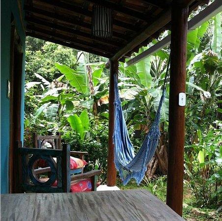 Pousada do Bosque: Varanda do Chalé das Bromélias