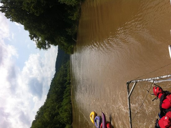 Sheltowee Trace Adventure Resort - Day Tours : Coming back.