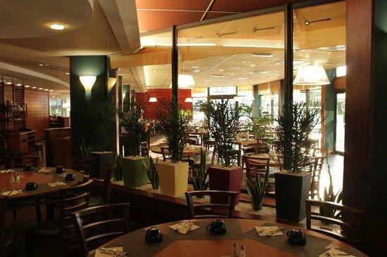 Novotel Marne La Vallée Collégien : Dining area