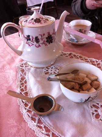 Healey Dell Heritage Centre and Tea Rooms: Pot of tea