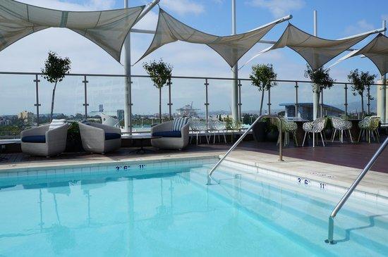 Hyatt Centric The Pike Long Beach: piscine