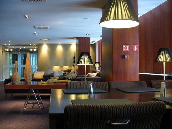 AC Hotel La Rioja : Lobby