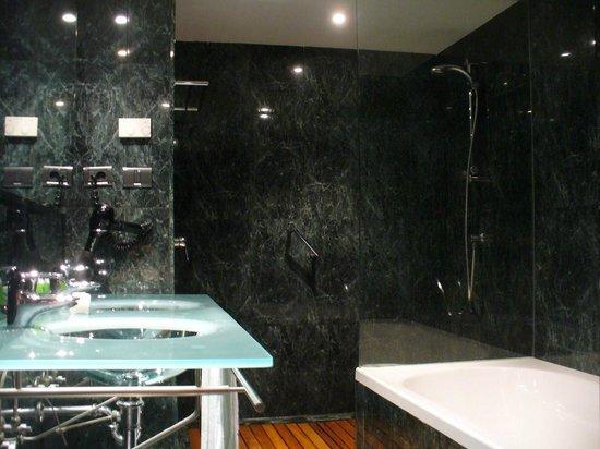 AC Hotel La Rioja : Cuarto de baño