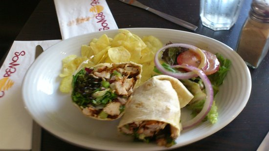 cafe remo's: Very dry hard wrap