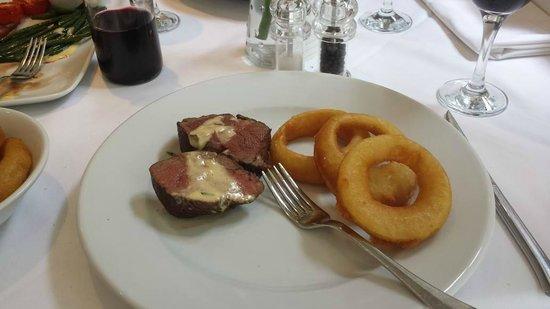 Finbarr's Restaurant: Chateaubriand