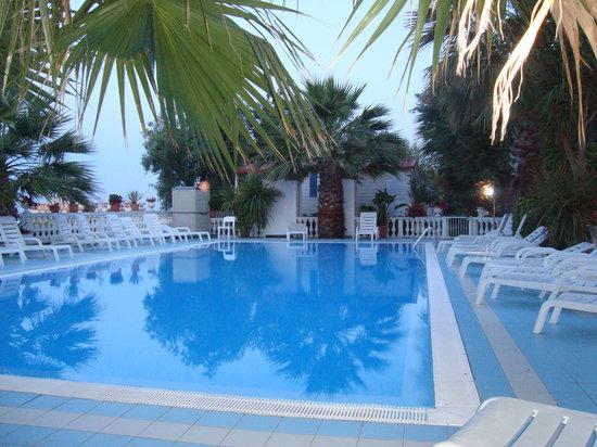 Camping Terrazzo sul Mare - Prices & Campground Reviews (Cupra ...