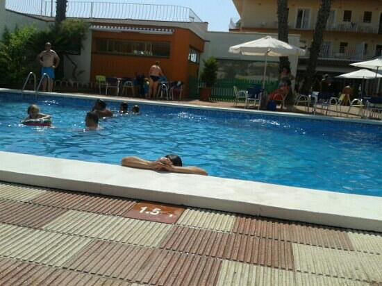 Hotel Rosa Nàutica : piscina