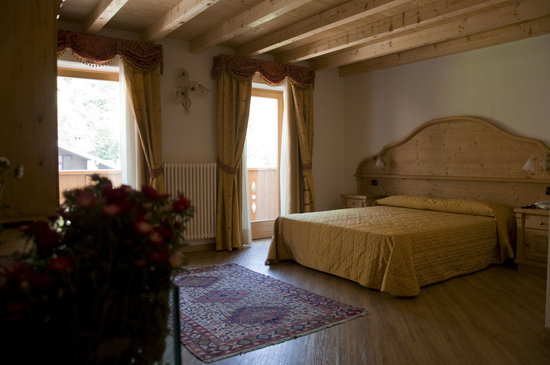 Hotel Sasso Rosso: camera superior