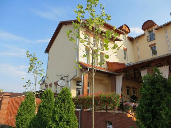 Allegria Pension: restaurant and hotel allegria