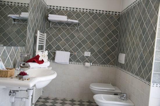 Hotel Sasso Rosso: Bagno