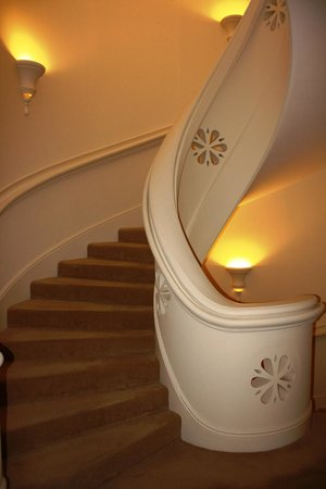 Chateau Saint-Martin & Spa: beautiful stairs