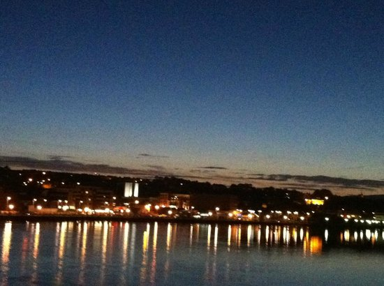 City Hotel: View off peace bridge
