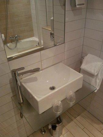Hampshire Hotel - Eden Amsterdam: bagno