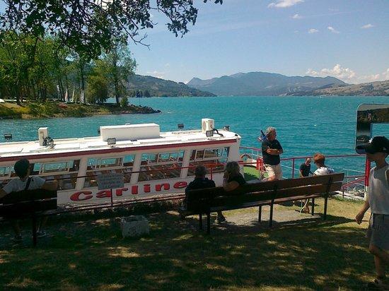 Savines-le-Lac, فرنسا: imbarcadero per fare il giro del lago