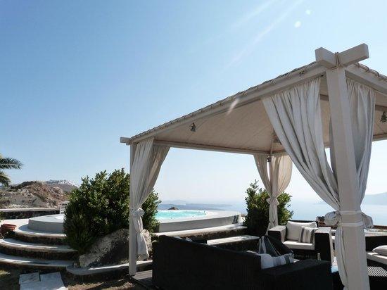 Pantheon Villas: Coin piscine/Jacuzzi