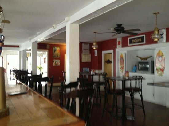 Dockside Restaurant: Inside view